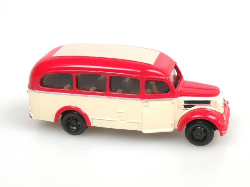 1956 Garant 30K Omnibus (red/ivory)