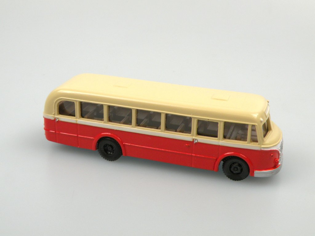 1955 IFA H6/L Line Bus(red/ivory)