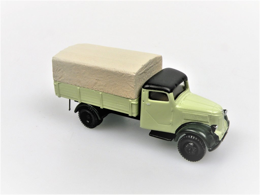 1949 Granit 27 Covered truck