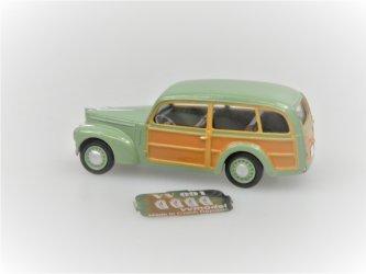 S1101 Tudor Woody Van