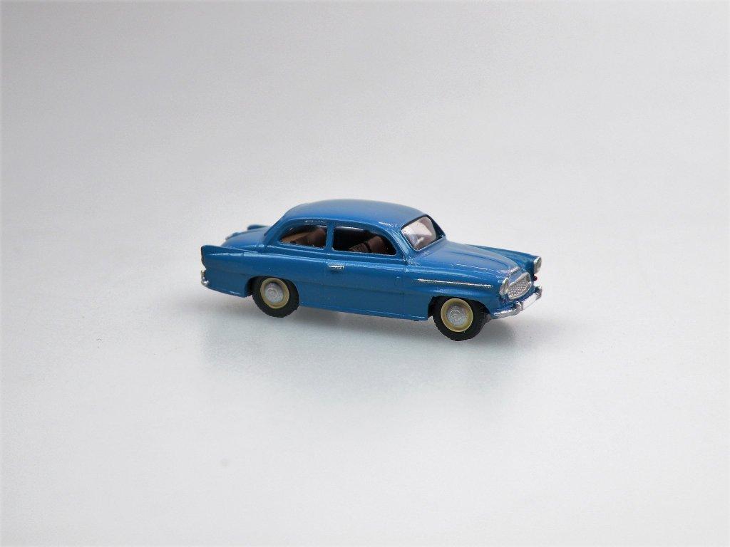 S995 TS Limousine modrá