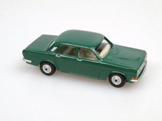1970 GAZ 24 Limousine (tmavá zelená)