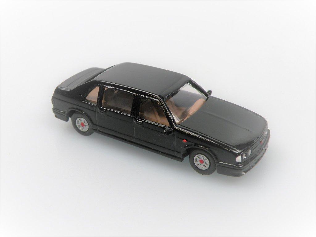 1997 T 700 (černá)