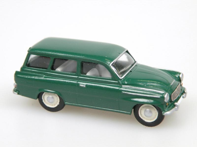 S 993 C Combi (1961) dark green