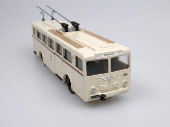 1947 Henschel/Kässbohrer Gr.II Trolley Bus (Darmstadt) ivory