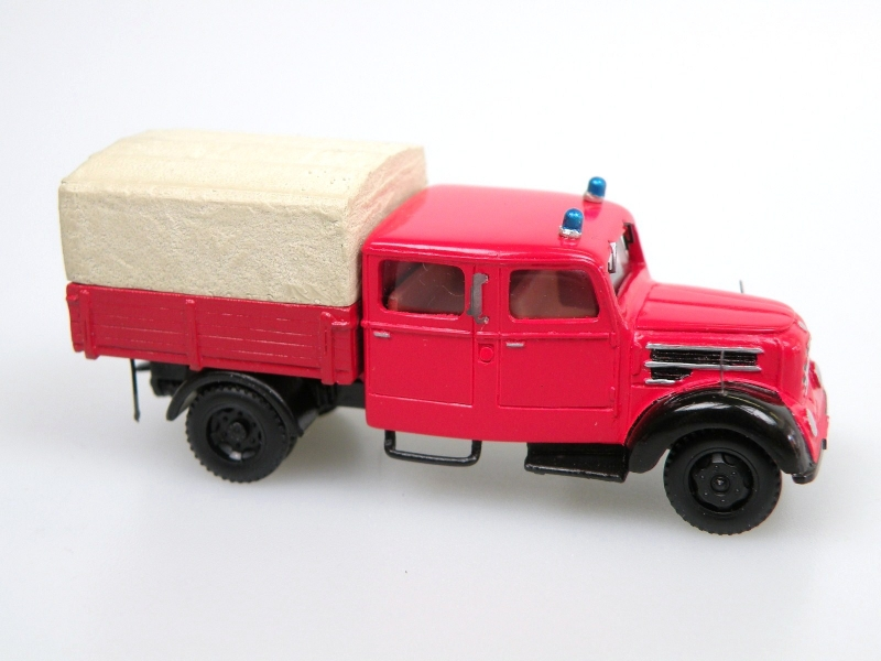1956 Garant 30K BTP Feuerwehr/Fire truck with double cab
