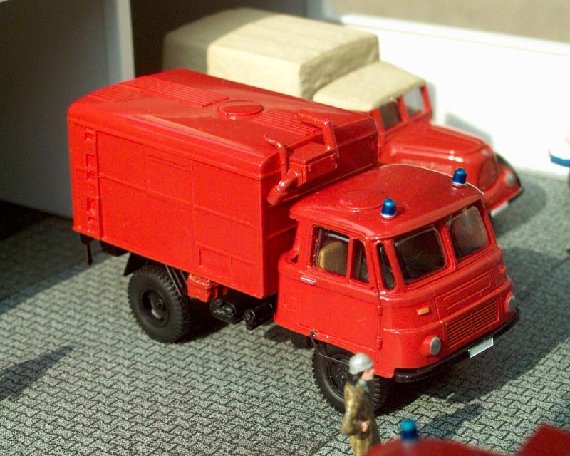 1974 Robur Lo2002A KdoW Feuerwehr