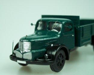 1946 Truck706R valník/dropside truck (dark green)