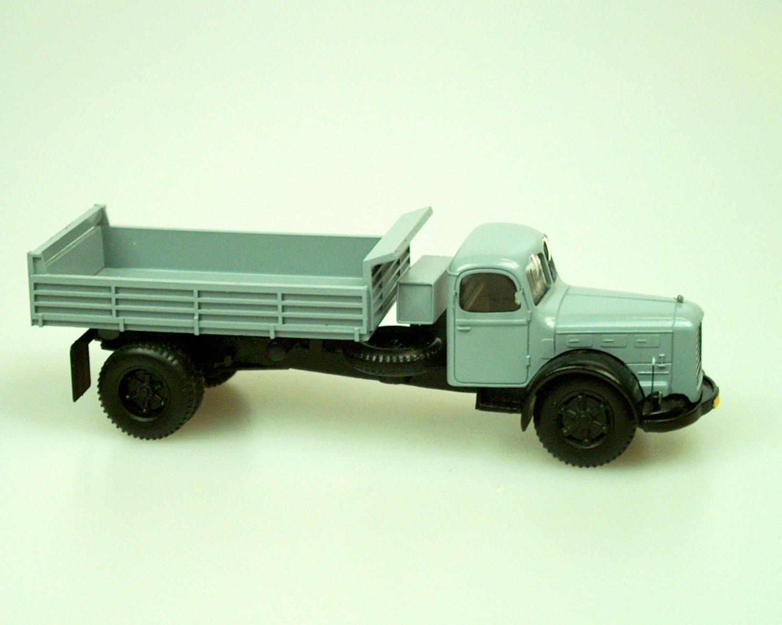 1951 Truck706RS vyklápěčka/Tipper (light grey)