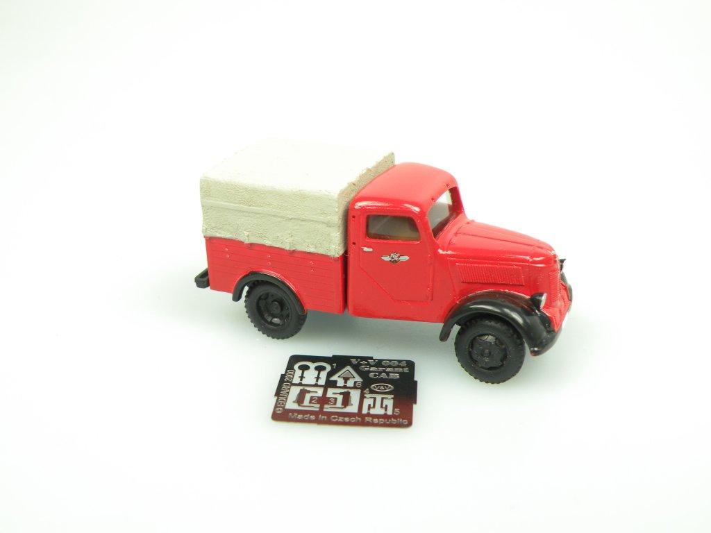 1949 Granit 27 MTW Feuerwehr ( Streifenwg. 10 ) with me