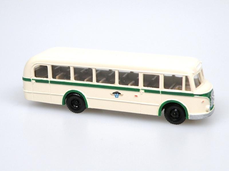 1955 IFA H6/L Line Bus(ivory-KVG Sachsen)