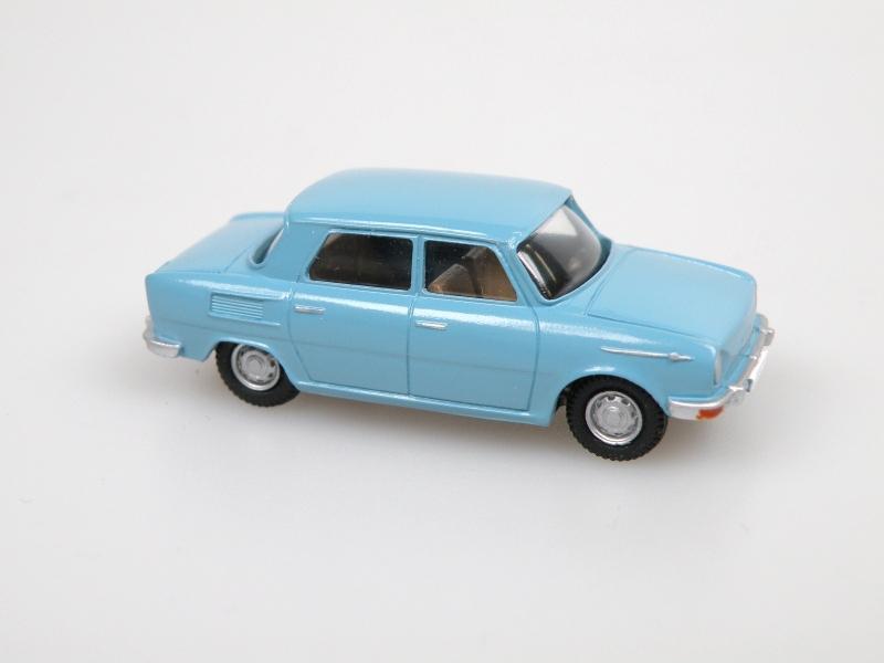 1969 S100 (světle modrá)