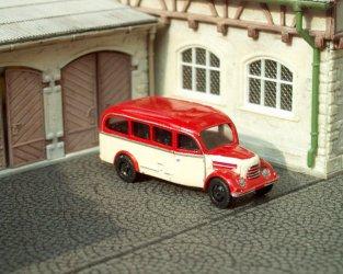 1956 Garant 30K Omnibus (red/beige)