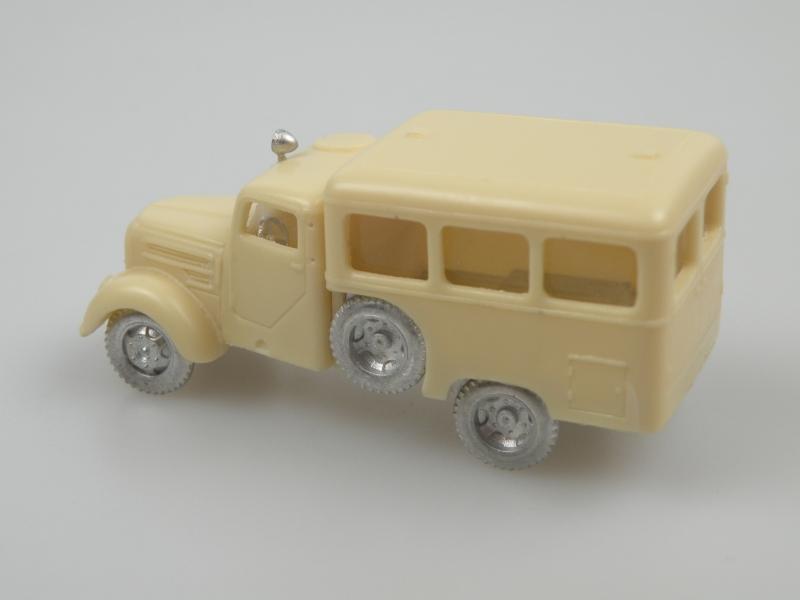 1956 Garant 30K RTW (Rettungswagen DRK)