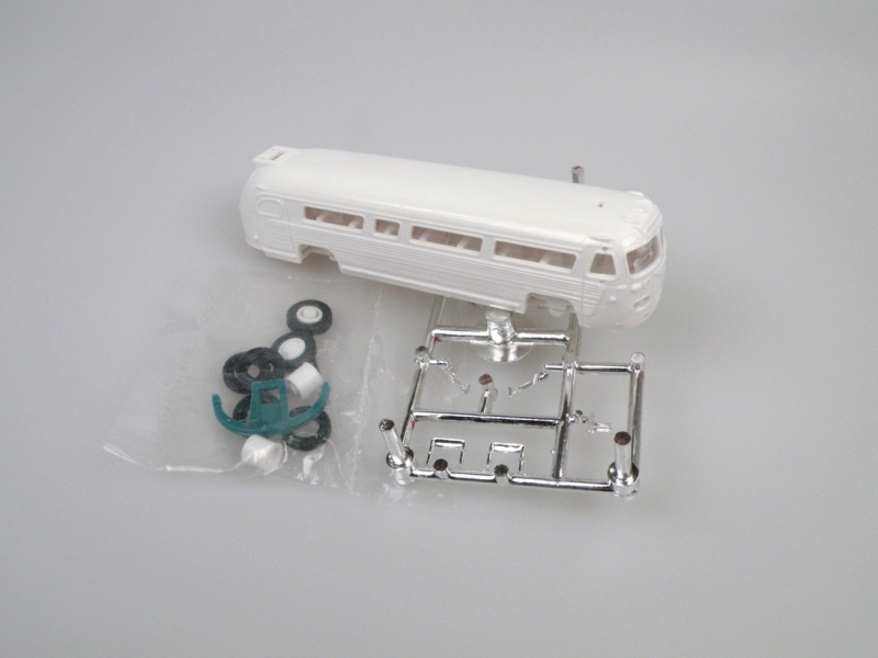 1951 Flxible Visicoach US bus (kit) 1:87