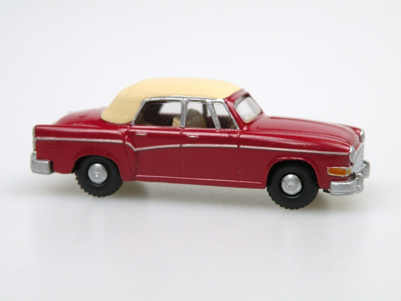 1958 H 240 Sachsenring II. Cabrio closed (wine red/ivory)
