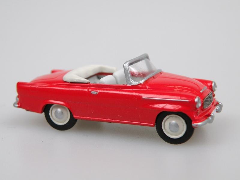 S996 Super cabrio (1961) červená