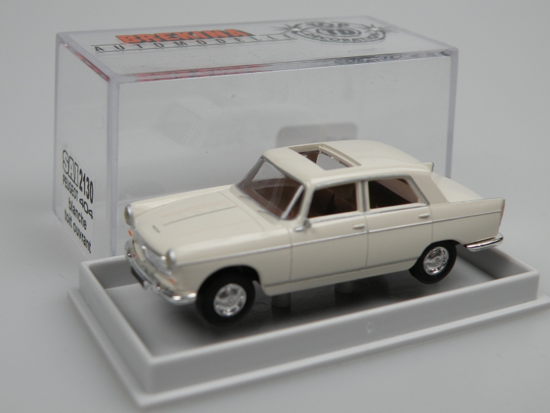 Peugeot 404 (1/87 Brekina/SAI 2130)