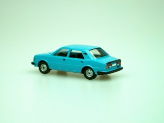 1984 S 120L (modrá C4185)