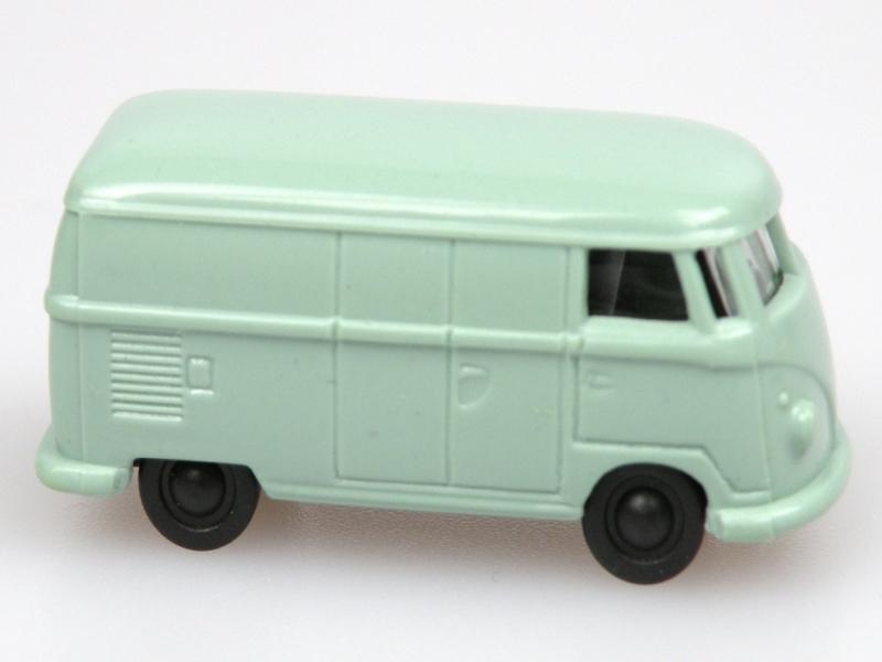 VW van (1:120) světle zelený/light green
